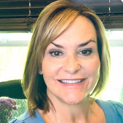 Lynda Artesani
