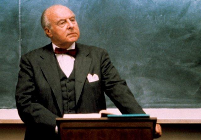 Professor Kingsfield.png