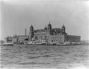 Ellis_Island_in_1905.jpg