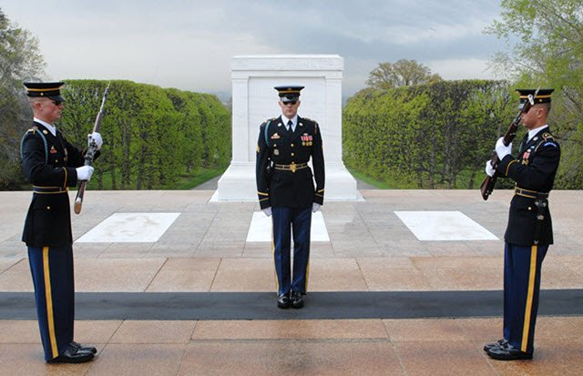 Tomb of the Unknowns.jpg