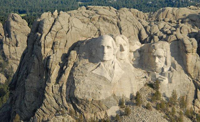 Mount-Rushmore_2018