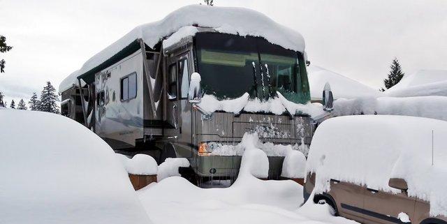 Stuck_n-the-snow