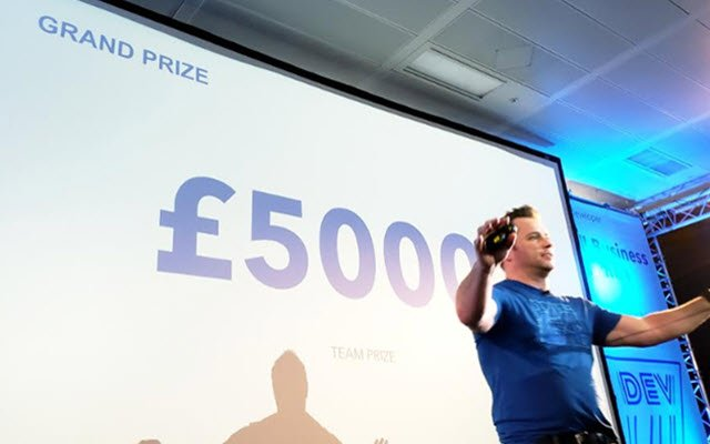 Liz_QBC_London_Hack_Prizes